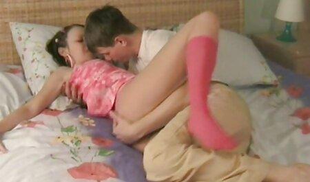 ハンサムなはげ男はbusty幅女の子と彼のコックにマッサージを与えた 女の子 専用 アダルト 動画